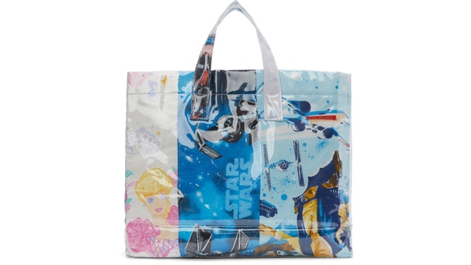 0a7c03fef Comme des Garçons Just Made A Tote From Your Favorite Childhood Bedsheets