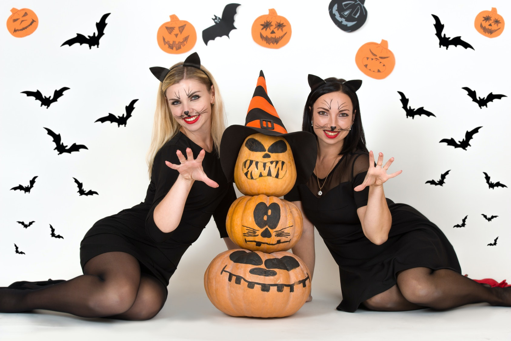 10 halloween traditions to start with your best friend for a
