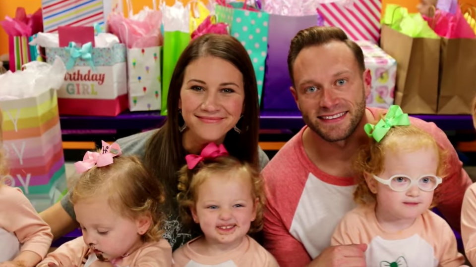 """TLC's Busby Family from """"OutDaughtered"""""""