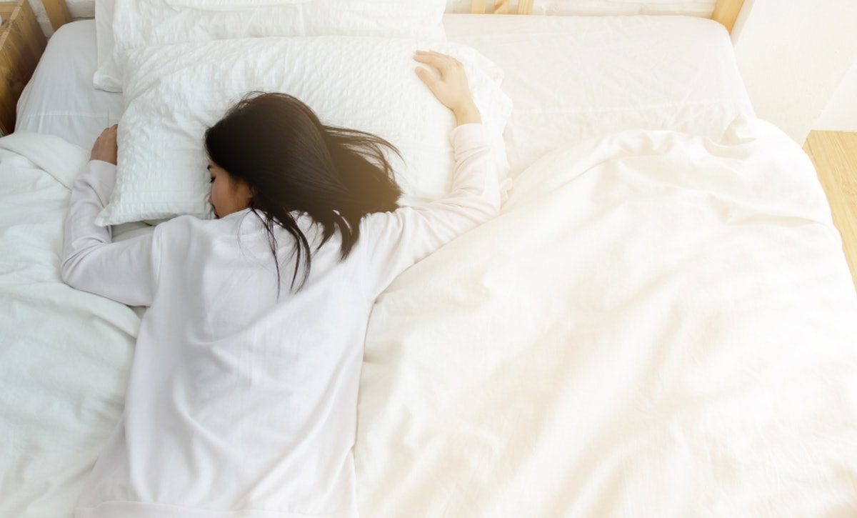 How To Sleep Better At Night If You Have Anxiety, According To The Experts
