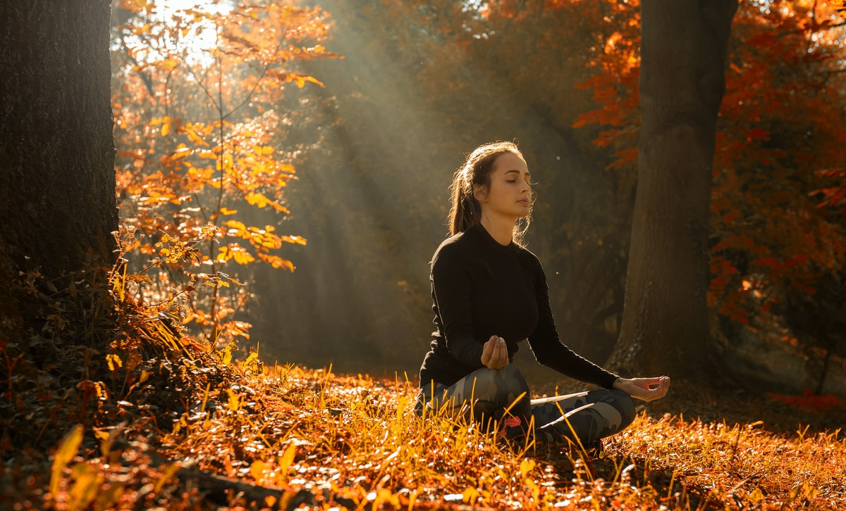 9 Meditations For Libra Season 2018 That Will Help All Zodiac Signs Remain Mindful During This Confusing Time