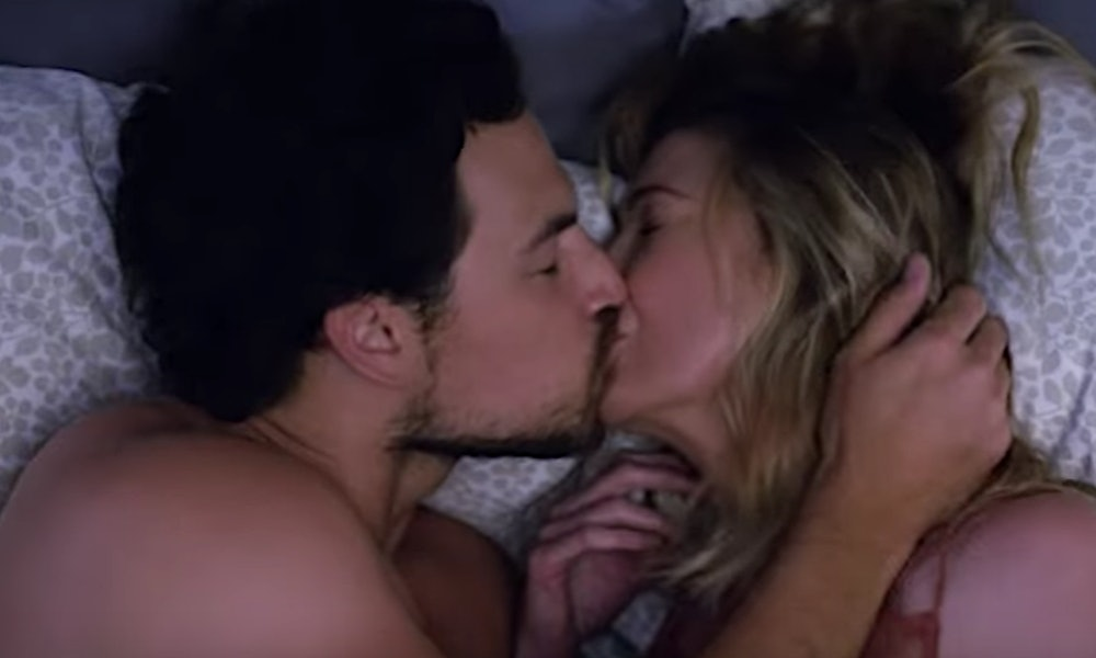 What age should you start hookup and kissing