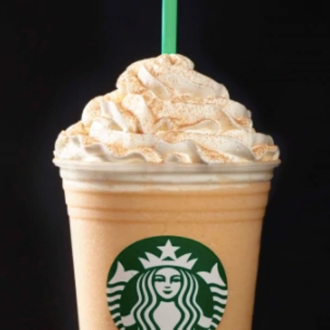 8 Fall Starbucks Drinks With No Caffeine That Won't Keep You Up All Night