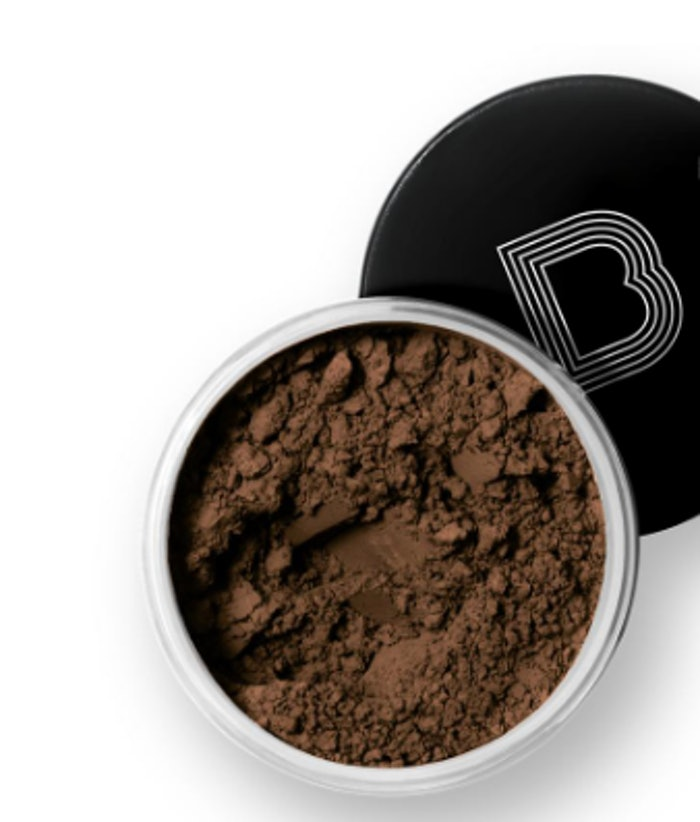 The Best No Flashback Setting Powders For Women Of Color