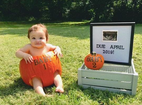 baby in a pumpkin, pregnancy announcement