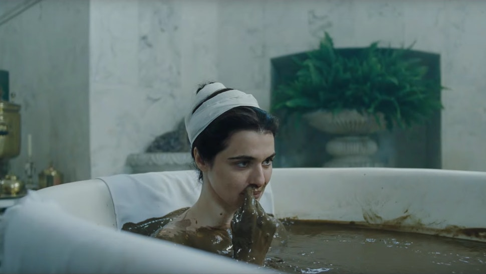 894f70ea159 'The Favourite' Trailer Shows Emma Stone & Rachel Weisz Getting Darkly  Comedic In The Historical Film — VIDEO