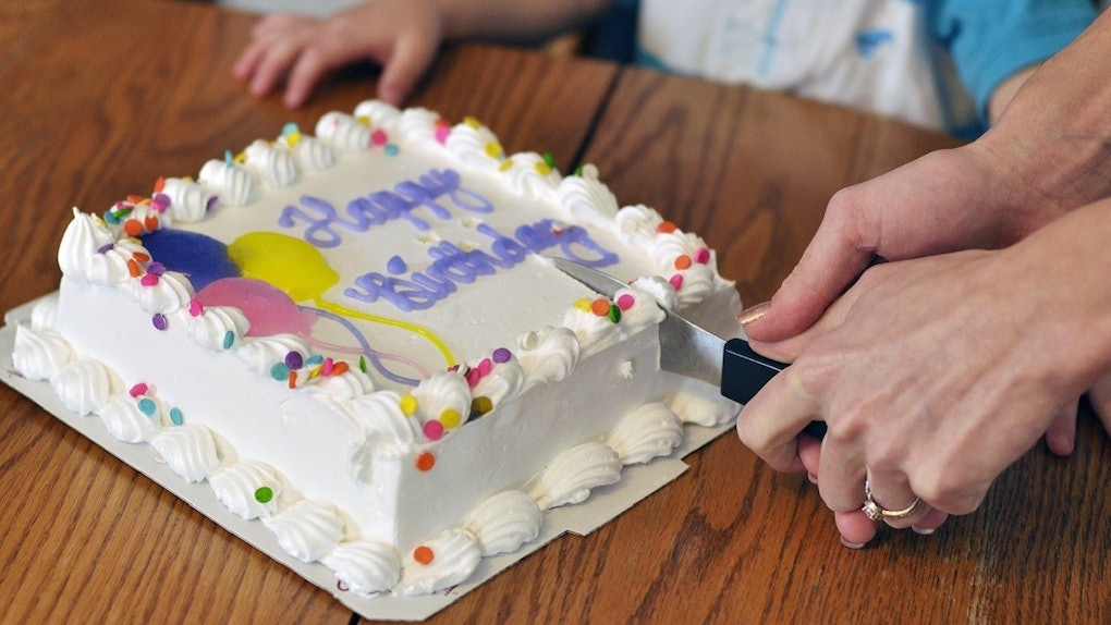 Fine Heres How To Win A 50 Carvel Gift Card In September For An Ice Funny Birthday Cards Online Necthendildamsfinfo