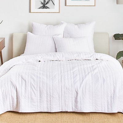 Splendid Reversible Coverlet, King