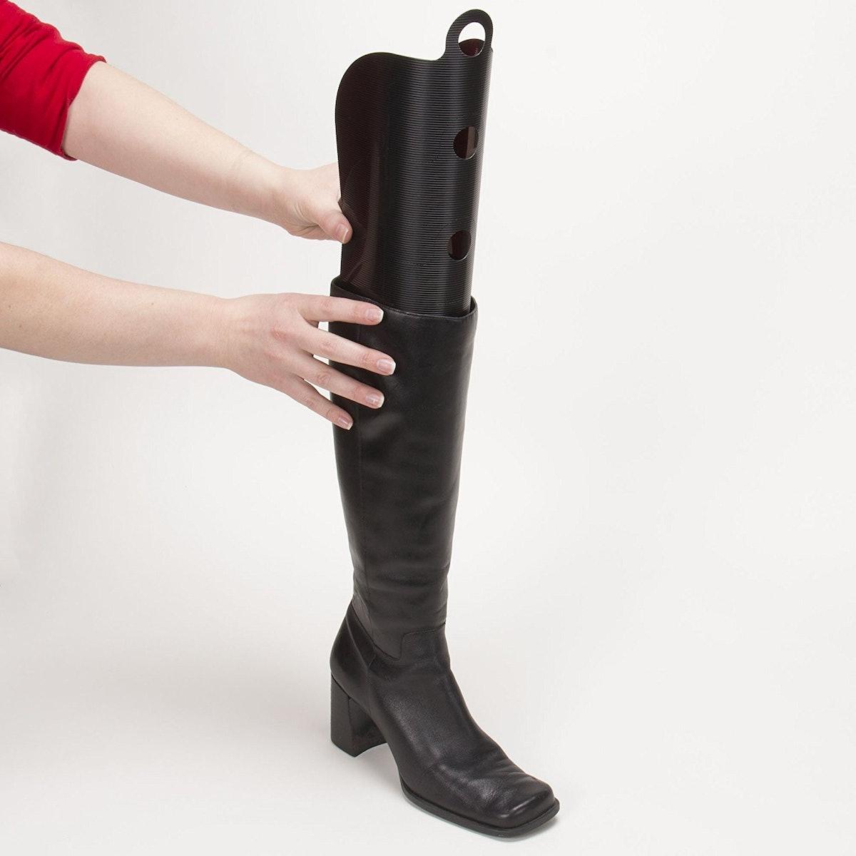 Household Essentials Cedar Fresh Boot Shapers (4 Pairs)