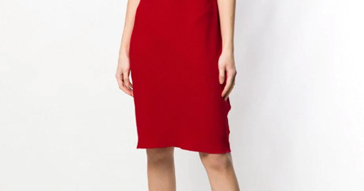 4 Meghan Markle-Inspired Wardrobe Essentials All Women Need