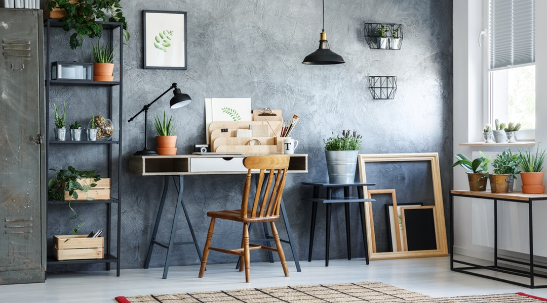 How To Make A Home Office In A Small Space According To Designers
