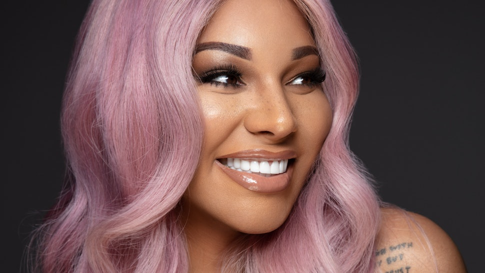Munroe Bergdorf Shares How She Took Care Of Her Skin Throughout Her