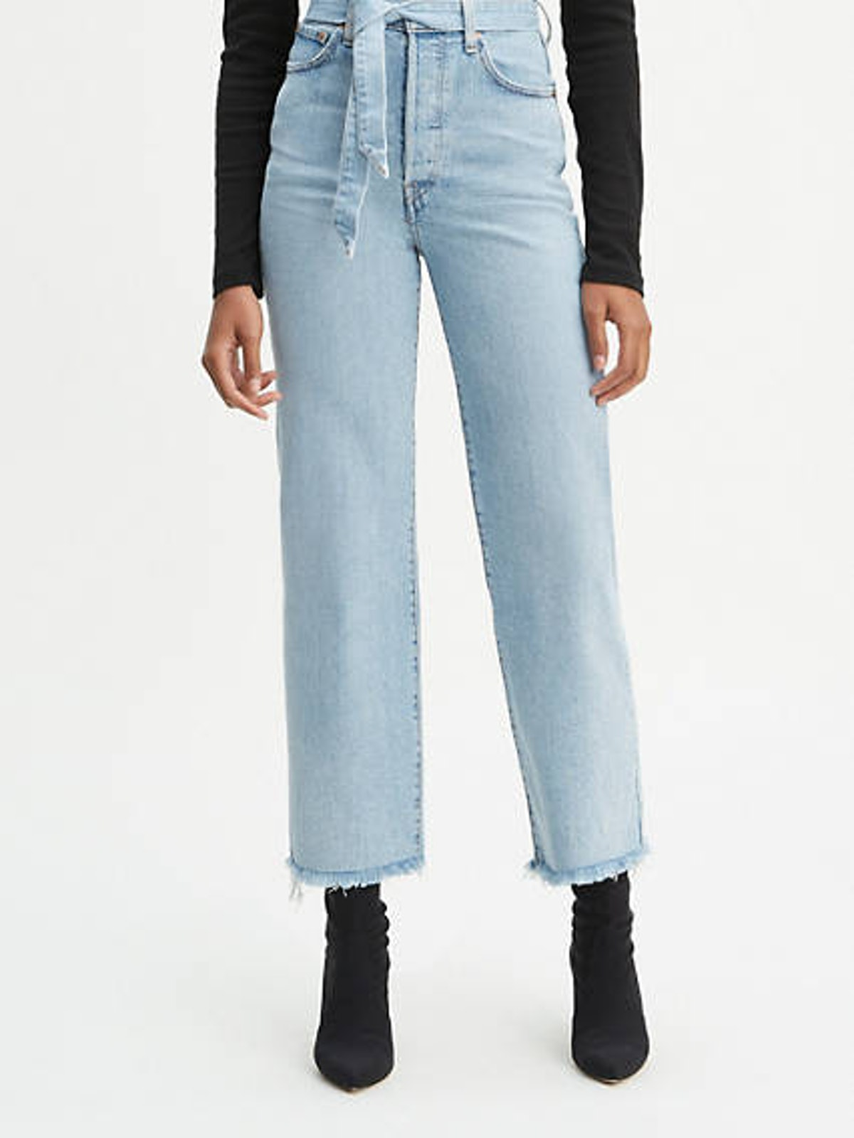 Ribcage Straight Jeans in Get It Done