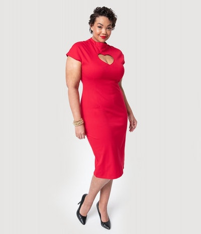 Folter Plus Size Red Heart Keyhole High Collar Cap Sleeve Wiggle Dress