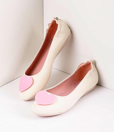 Retro Style Cream Leatherette & Light Pink Heart Ballet Flats