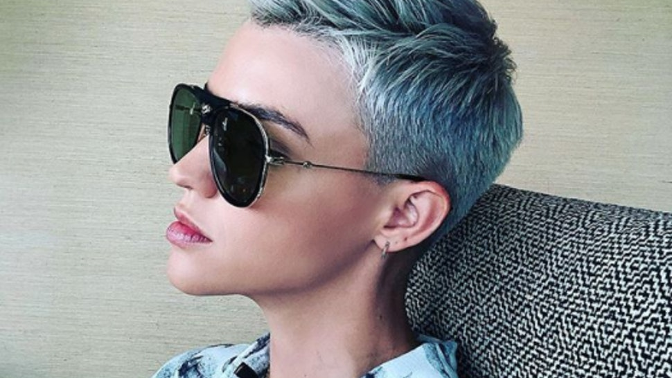 Ice Blue Hair Is The New Rose Gold Here S All The Celebs Rocking