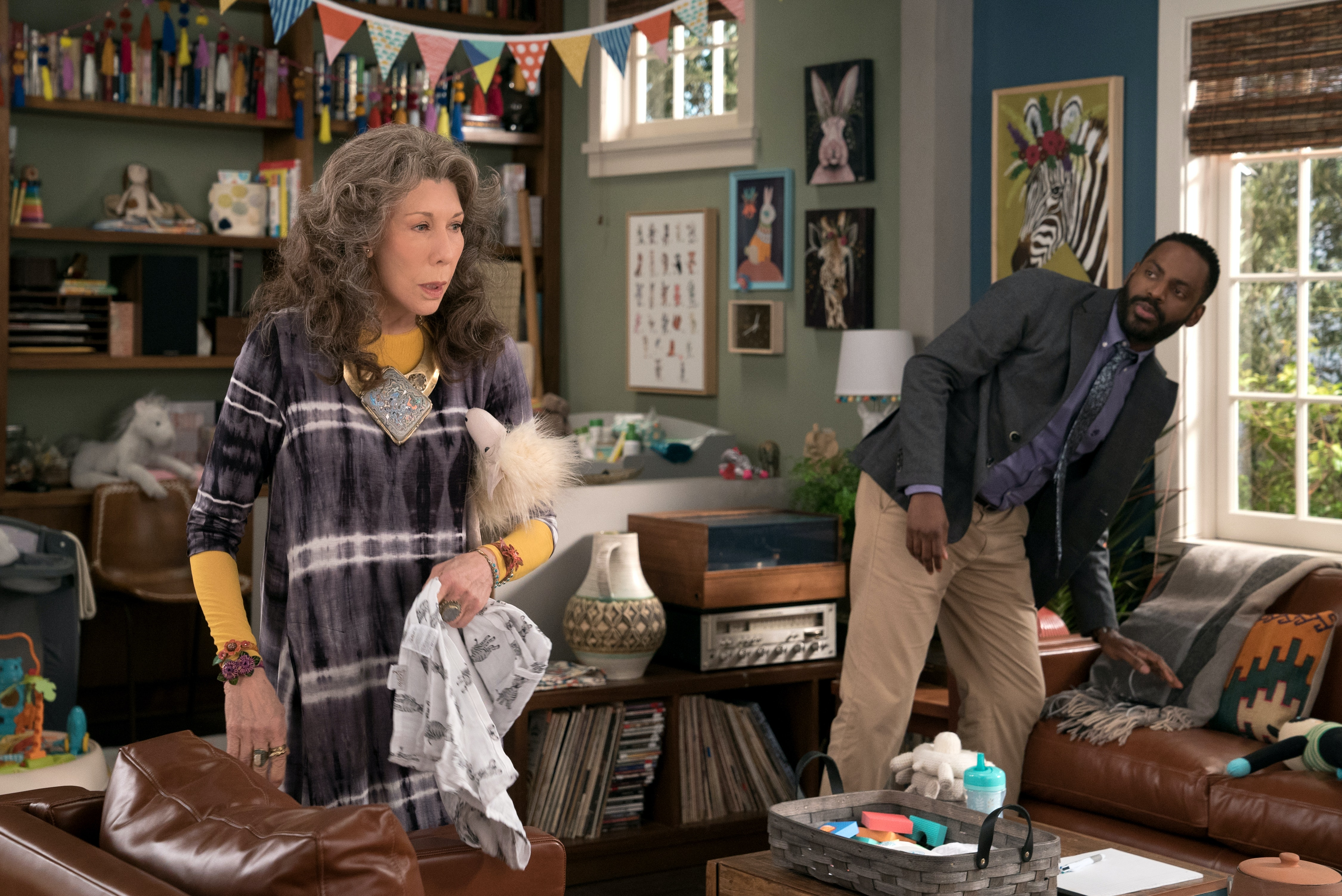 The Kids On Grace And Frankie Might Be Taking Things Too Far In