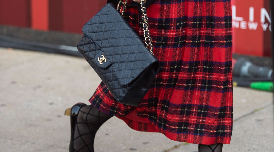 ac0b859a5 Vintage Chanel Is On Sale At One Kings Lane, Including A Classic Patent Bag  For 10 Percent Off