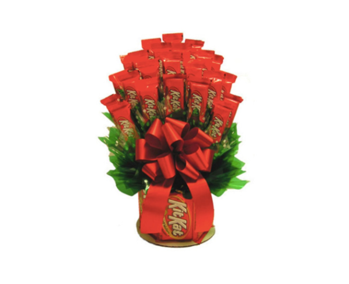 This Kit Kat Bouquet For Valentine's Day 2019 Is Literally The Sweetest Gift