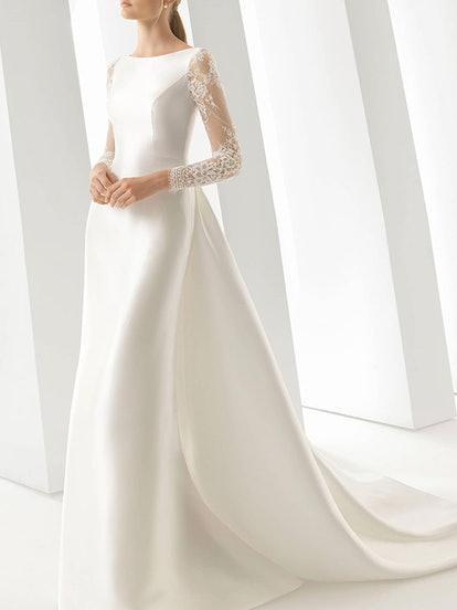 Doreen Column Gown With Detachable Train