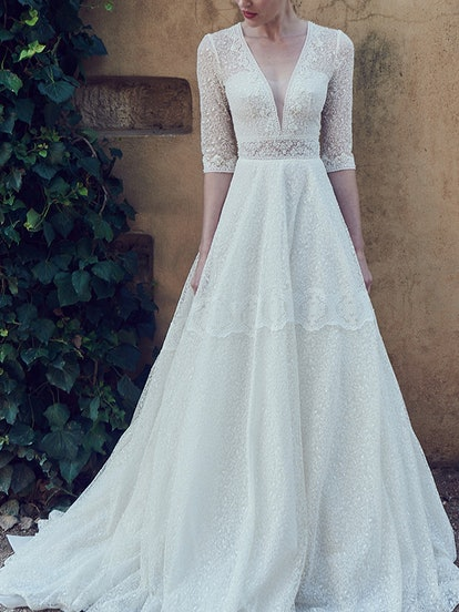 7 wedding dresses like kate middleton s that are chic timeless 7 wedding dresses like kate middleton s