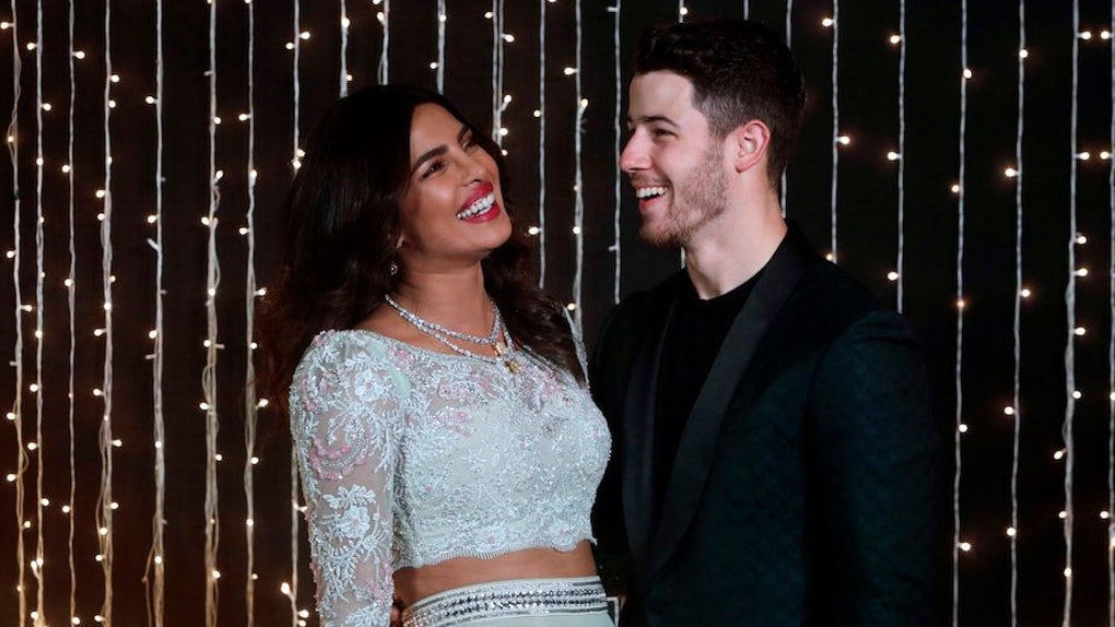 4cea002610 Nick Jonas & Priyanka Chopra's Newlywed Body Language Is Very Confusing