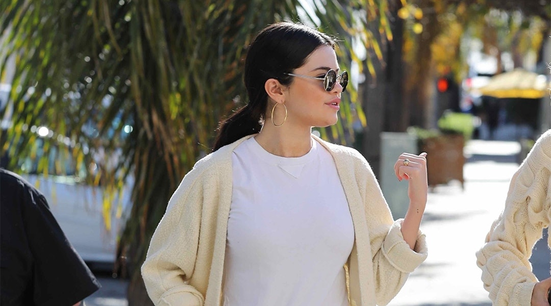 Selena Gomez S Favorite High Waisted Jeans Are On Sale For 89