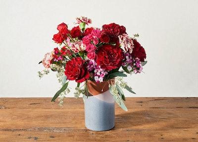 UrbanStems Valentine's Day Arrangement