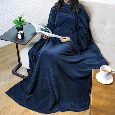 Pavilia Fleece Blanket With Sleeves