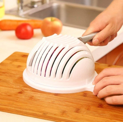 EZ Salad Cutting Bowl