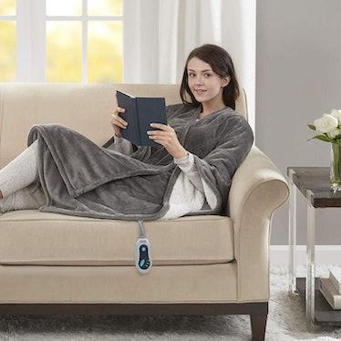Beautyrest Soft Sherpa Heated Blanket Wrap
