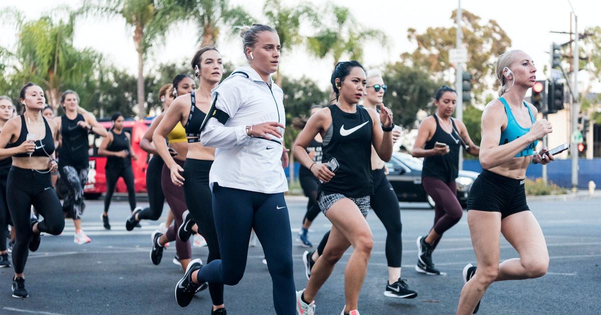 b860d7e0e 21 First-Time Marathoners Share Their Tips For Becoming A Better Runner
