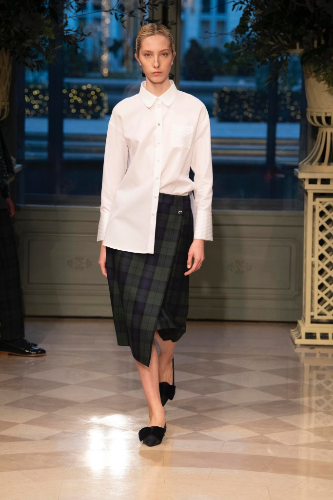 bcb2c5bcc01a Raquel Allegra PreFall 2019 Fashion Show runway fall 2019