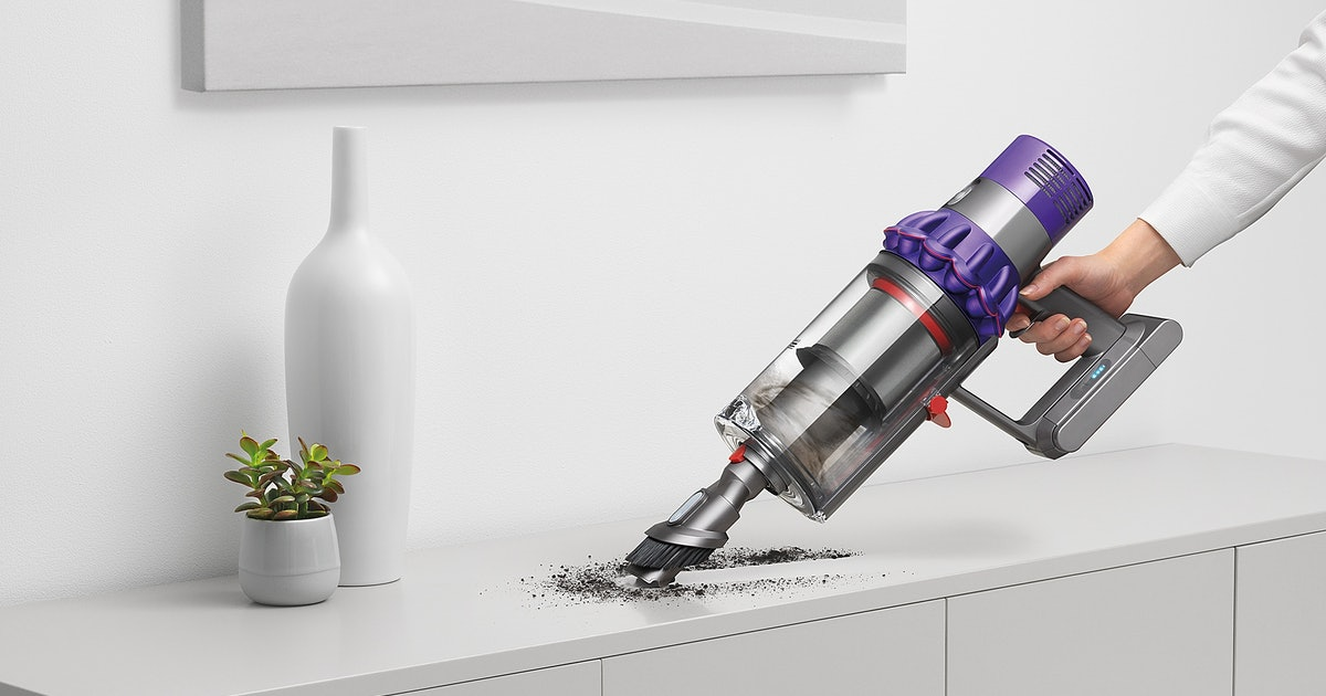Bed Bath Beyond S Dyson Vacuum Sale Includes This 5 Star Rated Style