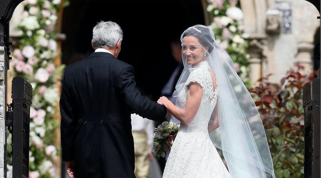 Pippa Wedding Dress.Short Sleeve Lace Wedding Dress