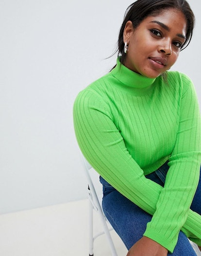 Curve Turtleneck Sweater In Green