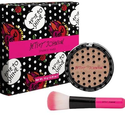 Betsey Johnson Sparkle Hard Highlighter Powder With Brush
