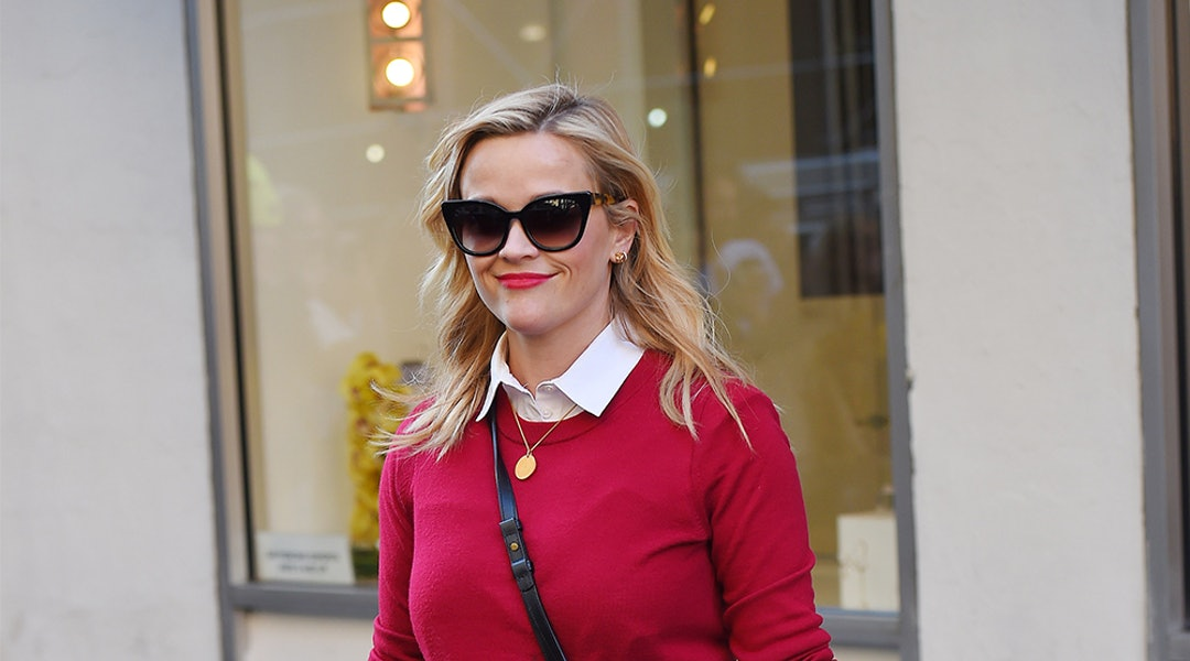 c797f877b31 Recreate Reese Witherspoon s Style With These 5 Wardrobe Staples