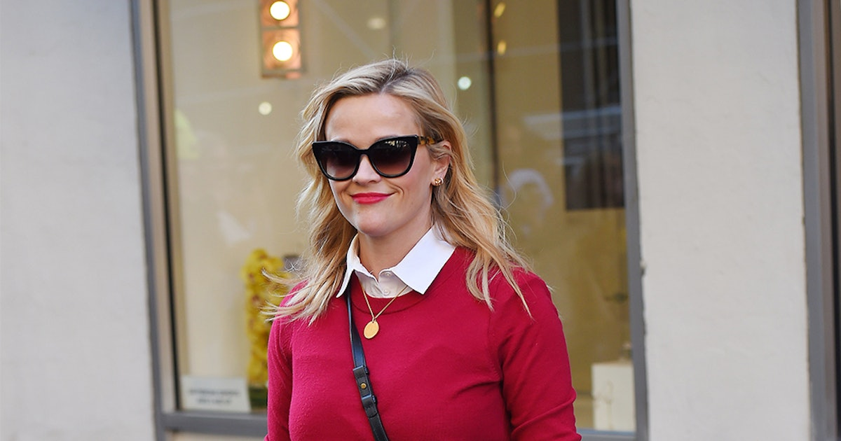 318d673ea Recreate Reese Witherspoon's Style With These 5 Wardrobe Staples ...