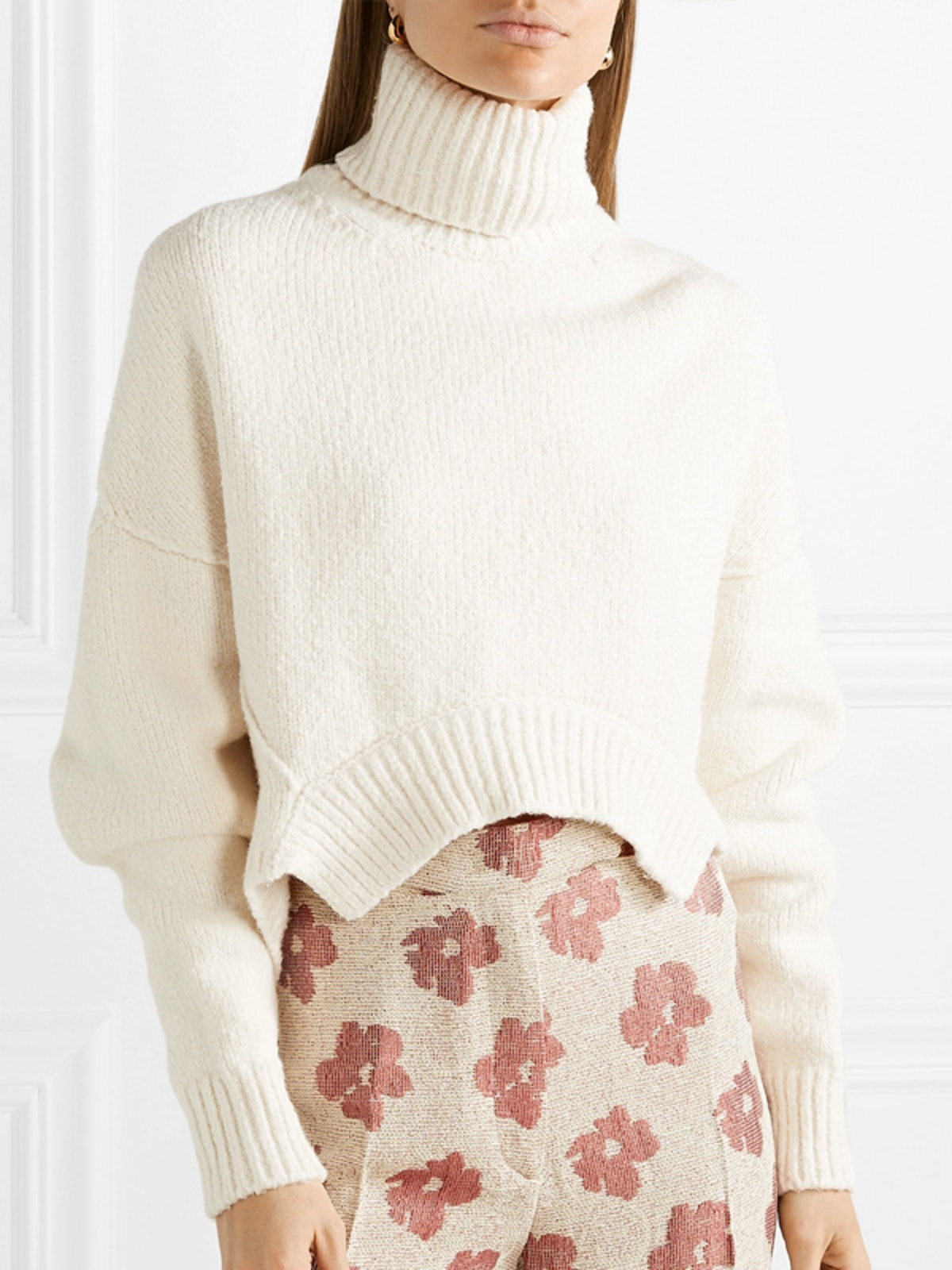 Amber Cropped Knitted Turtleneck Sweater