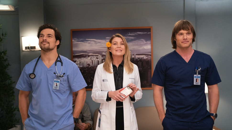 70b7d01fb11 'Grey's Anatomy' Season 15 Is Getting More Episodes, So Get Ready To Scrub  In For More Drama