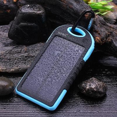 Dizaul Solar Phone Charger