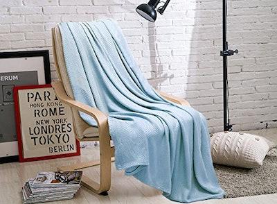 GOHD Bamboo Fiber Throw Blanket