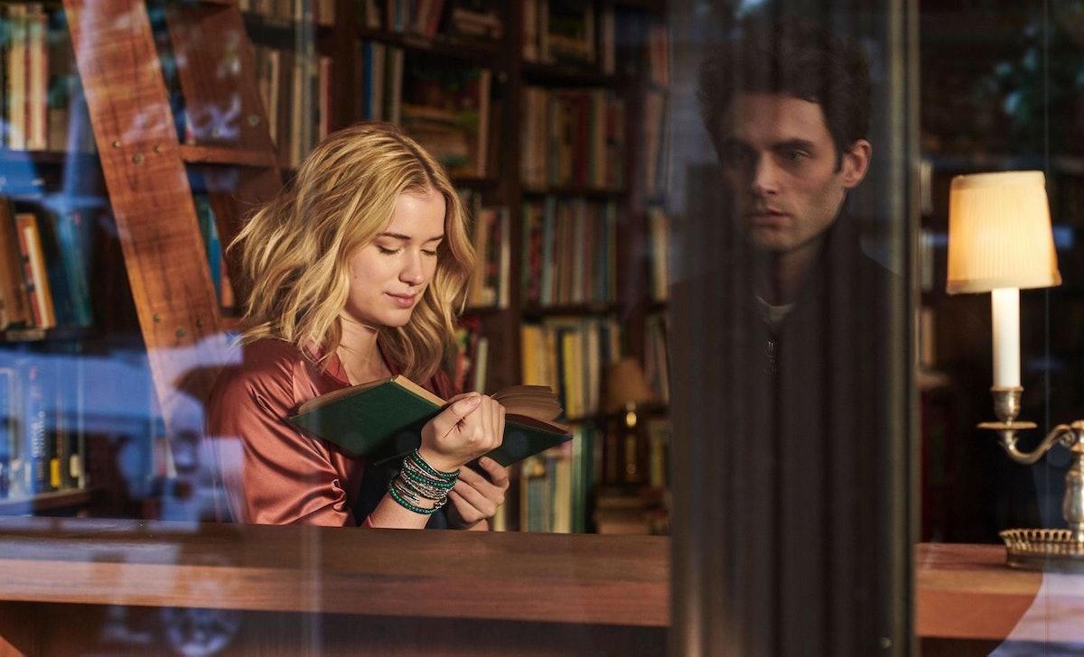 Elizabeth Lail and Penn Badgley in 'You' Season 1