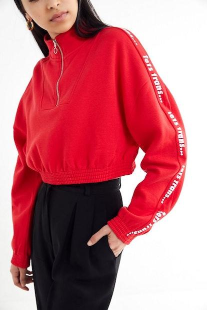 iets frans… Half-Zip Cropped Sweatshirt