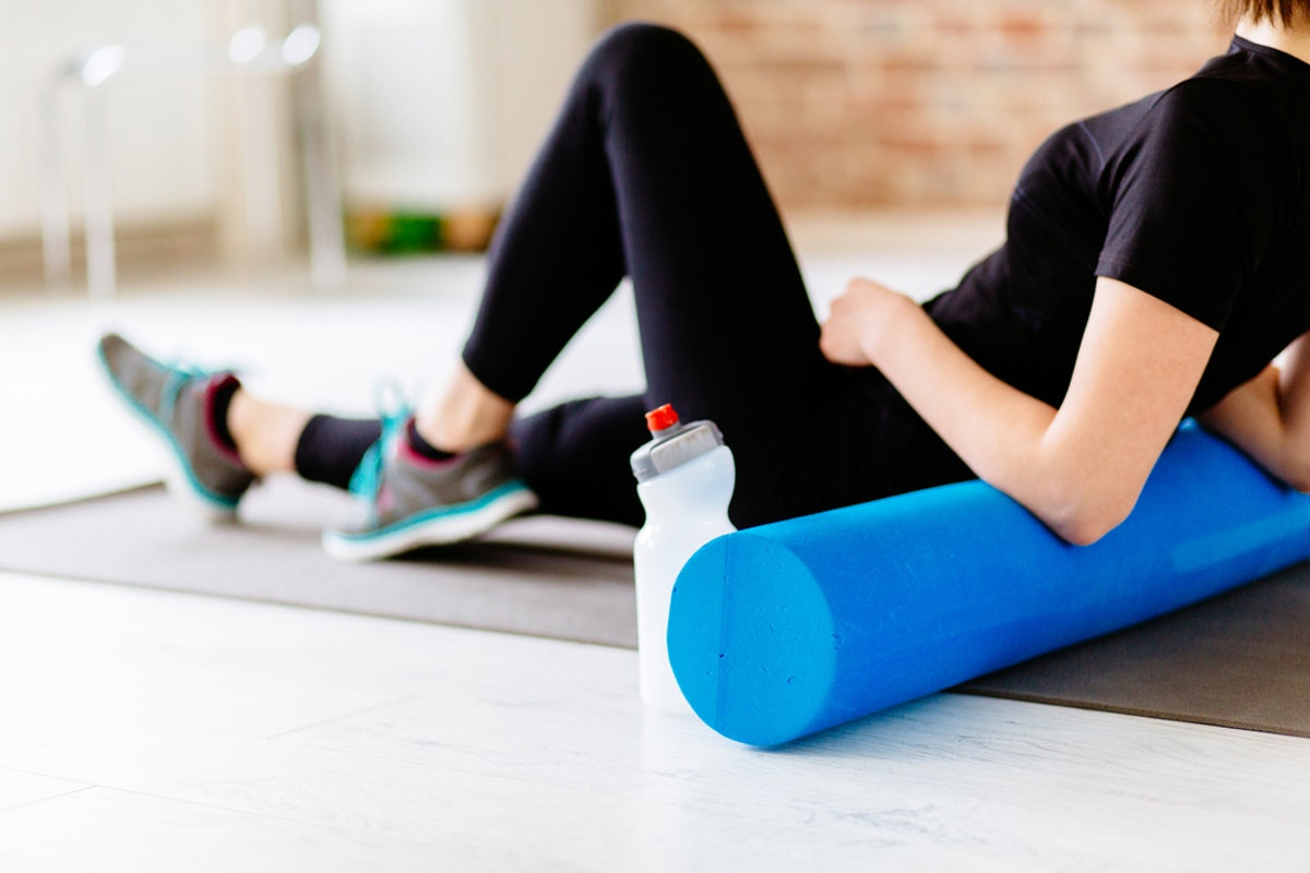 How Uncomfortable Should Foam Rolling Feel? Here's What Experts Say