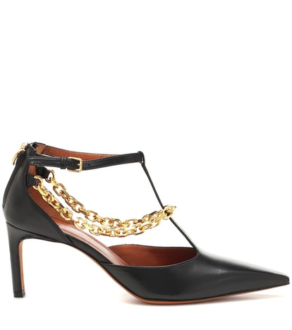 Chain-Trimmed Leather Pumps