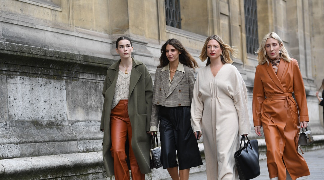 Street Fashion 2020.Shop Paris Fashion Week S Best Street Style Outfits From