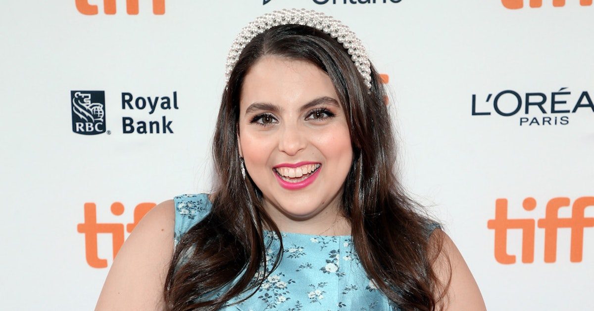 Beanie Feldstein's Girlfriend Made The Actor Look At Love Differently