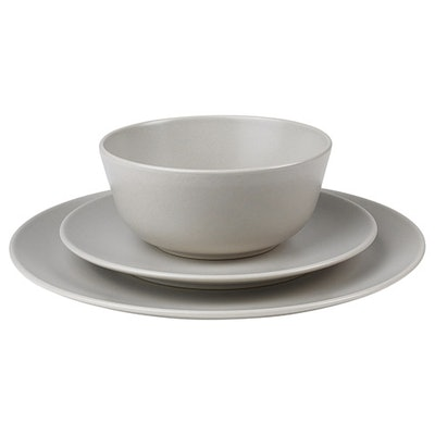 DINERA 18-Piece Dinnerware Set